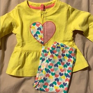 Brand new carters baby girl heart outfit